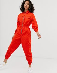 Shop the latest ASOS DESIGN boilersuit with zip trends with ASOS! Free delivery and returns (Ts&Cs apply), order today! Fashion Line, Look Fashion, Fashion Outfits, Womens Fashion, Balloon Pants, Merian, Boiler Suit, Fashion Corner, Character Outfits