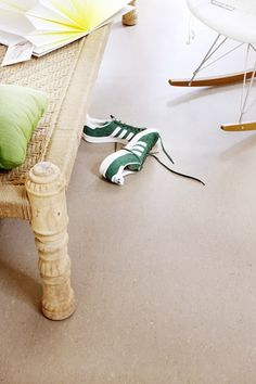 José Spaans Styling / photo Peggy Janssen for Margriet Magazine Flooring, Interior, Magazine, Style, Swag, Indoor, Wood Flooring, Magazines, Interiors