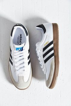Shop adidas Originals Samba Sneaker at Urban Outfitters today. Discover more selections just like this online or in-store. Shop your favorite brands and sign u Adidas Samba Trainers, Adidas Originals Superstar, Sneakers Adidas, Adidas Og, Blue Adidas, Zapatillas Jordan Retro, Zapatillas Casual, Women's Shoes, Me Too Shoes