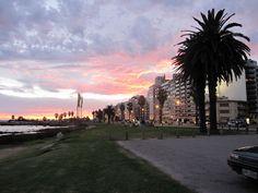 Rambla de Punta Carretas al anochecher... Montevideo - Uruguay