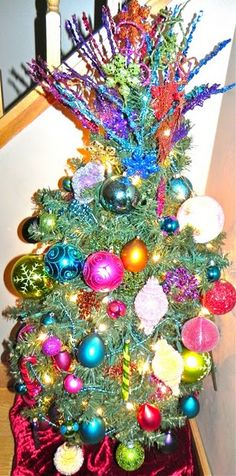mardi gras tree... after Christmas you leave the tree up but replace the ornaments to celebrate the upcoming mardi gras season!