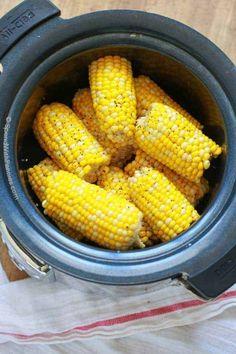 Crock Pot Corn on the Cob - Spend With Pennies Crock Pot Corn, Crock Pot Slow Cooker, Crock Pot Cooking, Easy Cooking, Crockpot Corn On Cob, Crock Pots, Crockpot Veggies, Cooker Recipes, Crockpot Recipes