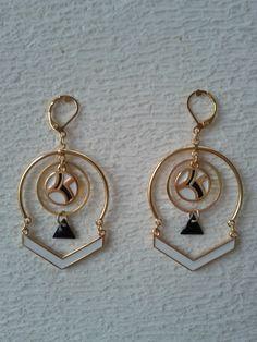 Boucles d'oreilles graphiques sequins émaillés - bijoux créateur : Boucles d'oreille par les-fils-des-temps-creations