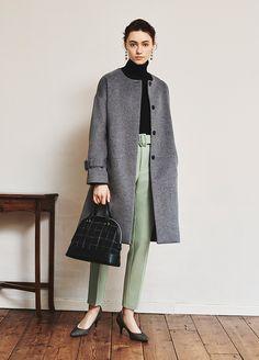 ファッション ファッション in 2020 Classy Winter Outfits, Winter Fashion Outfits, Grey Fashion, Lolita Fashion, Work Fashion, Chic Outfits, Womens Fashion, Fashion Design, Brogues Outfit