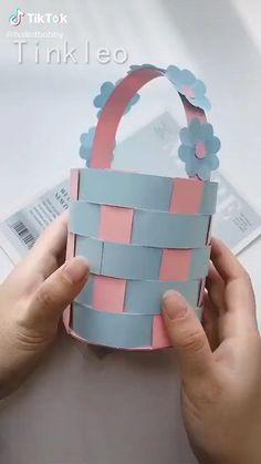Paper Flowers Craft, Paper Crafts Origami, Paper Crafts For Kids, Flower Crafts, Diy For Kids, Origami Art, Origami Flowers, Paper Bag Crafts, Paper Oragami