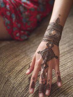 Hand Henna's