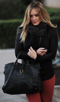 Hilary Duff carries a YSL Cabas ChYc... Looking Gorgeous!