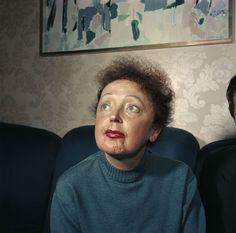 Raymond Depardon, Edith Piaf, Paris, 1959, 25x25 cm © Raymond Depardon / Magnum Photos