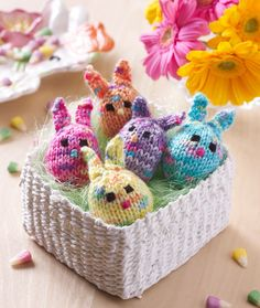Five Little Bunnies perfect for Easter Baskets! Find this knit pattern from @redheartyarns