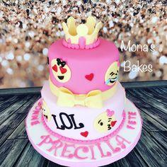 #emoji cake