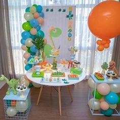 Die Dinos Baby, Baby Dino, Dinosaur First Birthday, Dinosaur Party, Decoracion Baby Shower Niña, Birthday Table Decorations, Baby Party, Diy Crafts For Kids, Baby Shower Invitations