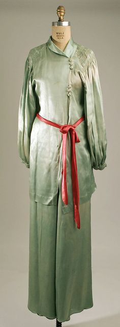 PajamasDate: early 1930s Culture: American