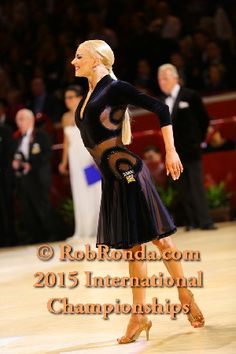 Learn To Ballroom Dance And Feel Your Soul Ballroom Hair, Latin Ballroom Dresses, Latin Dresses, Ballroom Dancing, Ballroom Costumes, Dance Costumes, Dance Outfits, Latina, Sport
