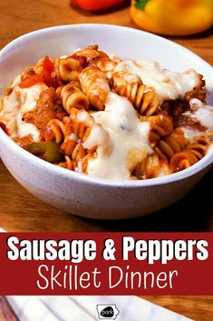 Easy Dinner Recipes, Pasta Recipes, Beef Recipes, Cooking Recipes, Healthy Recipes, Sausage And Peppers, Stuffed Peppers, Dinner Menu, Dinner Table