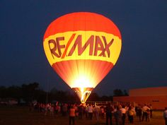 RE/MAX balloon.