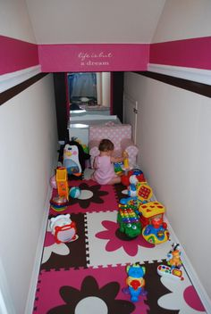 10 Creative Understairs Playroom Ideas - The Wonder Cottage Under Stairs Playroom, Under Stairs Playhouse, Closet Under Stairs, Playroom Closet, Toddler Playroom, Under Stairs Cupboard, Playroom Organization, Closet Playhouse, Basement Stairway