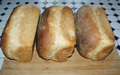 Off the Grid at Recipe Thursday - Whey Out Bread! sugar 2 eggs, beaten 6 tablespoons olive oil 1 teaspoon salt 5 cups whole wheat flour. Yeast Bread, Bread Baking, Bread Machine Recipes, Bread Recipes, 30 Recipe, Goat Milk, No Bake Desserts, Baked Goods, Make It Simple