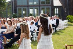 A Hamptons Backyard Wedding | The Hamptons Weddings | Photography by Berit Bizjak of Images by Berit | The Hamptons Wedding Photographer | Flower Girls | @kimjondesigns