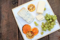 How to make a classy gold-trimmed marble cheese plate to elevate all your autumnal gatherings — for a whopping $6 in supplies.  #DIY