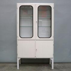 vintage-hungarian-medicine-cabinet-1960s-01