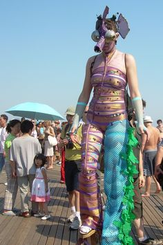 I loved how the parasol matched the fishnet gloves. (on the boardwalk at Coney Island during the Mermaid Parade)