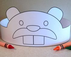 Create your own Beaver Crown! Print, color, cut & glue your crown together & adjust to fit anyones head! Crown Printable, Paper Plate Animals, Paper Crowns, Paper Mask, Work With Animals, Daycare Crafts, Paper Plate Crafts, Animal Party, Art For Kids