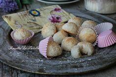Biscotti al cocco tre ingredienti, velocissimi