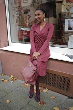 Let's bring out the inner lady! All burgundy, all thrifted, even the hot kelly bag! Kelly Bag, Thrifting, Wrap Dress, Autumn Fashion, Burgundy, Fall Winter, Bring It On, Lady, Hot