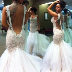 Sexy Mermaid Backless Wedding Bridal Gown Dress with Lace