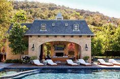 : Gisele Bundchen and Tom Brady's Los Angeles Home