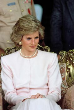 Princess Diana during her official tour of the Gulf States on March 15, 1989 in Abu Dhabi United Arab Emirates.