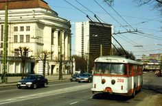 Trollibuss ,Tallinn,Estonia. TTTK  Škoda 9Tr  Trolleybus nr. 206.  May 1996 by sludgegulper, via Flickr