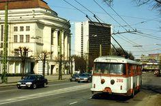 Trollibuss ,Tallinn,Estonia. TTTK  Škoda 9Tr  Trolleybus nr. 206.  May 1996 by sludgegulper, via Flickr