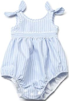 i think i had one just like this as a baby Baby Sewing Projects, Sewing For Kids, Baby Girl Romper, Cute Baby Girl, Baby Dress Patterns, Baby Kids Clothes, Little Girl Dresses, Baby Wearing, Kids Wear