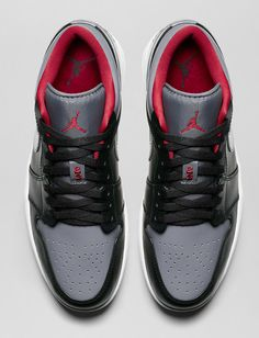 Air Jordan 1 Low Black, Cool Grey & Gym Red