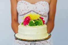 Grocery store cake topped with grocery store flowers = $20 wedding cake || Pop Fizz Weddings || Denver, Colorado