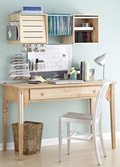 A simple work space, yet it has everything one would need.  Great use of space! http://franklinplanner.fcorgp.com/store/category/cat1260058/US-Home-Office-Main #homeoffice #homedecor