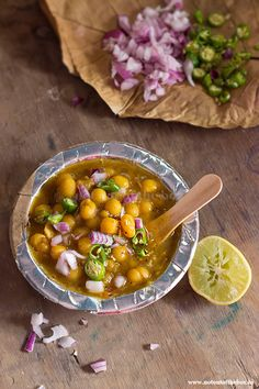This 'Dried Yellow Peas Curry' aka 'Ghugni' is a popular street food of Kolkata. A must try if you haven't had this yet!
