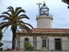 Bei meinem letzten Besuch in Calella de Palafrugell habe ich wieder einen Spaziergang an der Küste entlang gemacht. Der Weg führt von Bucht zu Bucht, von Strand zu Strand und ist Teil des Cami de Rondes. Klei