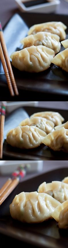 Gyoza Recipe – Gyoza are Japanese dumplings. Learn how to make the best gyoza with this quick & easy recipe that takes only 30 minutes I Love Food, Good Food, Yummy Food, Japanese Dumplings, Easy Delicious Recipes, Healthy Recipes, Asian Cooking, Food Styling, Asian Recipes
