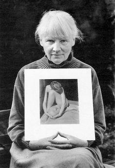 Charis Wilson, model of Edward Weston