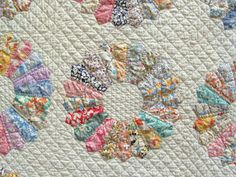 Magnificent 1930's DRESDEN PLATE Var. Quilt Stunning Border  Hand Pcd & Quilted