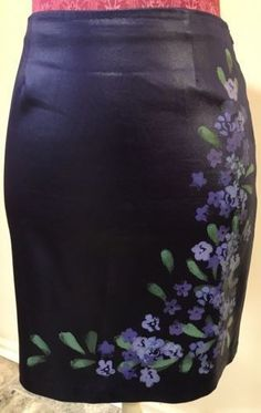 48.60$  Watch here - http://viqng.justgood.pw/vig/item.php?t=hmszl3p36301 - Cache Purple Faux Leather Hand Painted Floral Pencil Skirt Size 4 48.60$