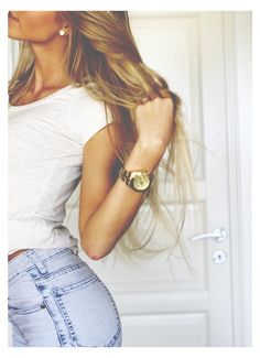 white shirt and jeans with long hair and golden jewelry / watch Clothes outfit for woman * teens * dates * stylish * casual * fall * spring * winter * classic * casual * fun * cute* sparkle * summer *Candice Wicks Look Fashion, Teen Fashion, Fashion Beauty, Womens Fashion, Dress Fashion, Quoi Porter, Boutique Fashion, Moda Chic, Mein Style