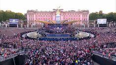 Tom Jones & Paul McCartney at The Queen's Diamond Jubilee Concert, 4 Jun... http://www.1502983.talkfusion.com/es/products