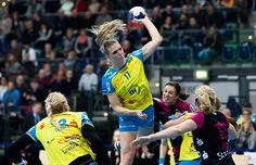 HC Leipzig gewann bei HSG Blomberg-Lippe. Anne Hubinger mit 4-Tore-Comeback. Der HC Leipzig gewann in der Handball-Bundesliga der Frauen sein A ...