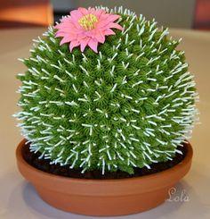 Big Cactus Cake. http://www.craftsy.com/blog/2013/07/cactus-cake-tutorial/