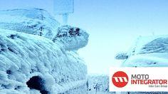 Zima, to szczególny okres dla wszystkich zmotoryzowanych, którzy od listopada do marca muszą zmagać się z niskimi temperaturami, opadami śniegu i innymi czynnikami uprzykrzającymi korzystanie z samochodu. Wraz z ekspertami Motointegrator.pl doradzamy jak odpowiednio zadbać o samochód przed zimą. http://www.auto-swiat.pl/eksploatacja/jak-przygotowac-samochod-do-zimy/q4xlc  #zima #akcesoria #poradnik