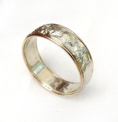 Popular men's wedding ring, textured sterling silver with red gold rims, crumpled tinfoil texture, elegant and classy, unisex ring, ilanamir