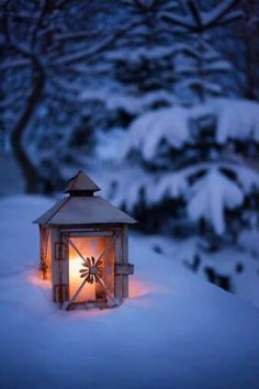 Image discovered by Find images and videos about winter, light and snow on We Heart It - the app to get lost in what you love. Winter Szenen, Winter Love, Winter Magic, Winter Christmas, Winter Season, Snow Scenes, Winter Beauty, Winter Pictures, Jolie Photo